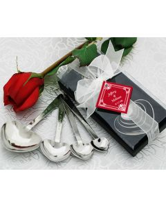 Love Beyond Measure Heart Measuring Spoons Wedding Favor